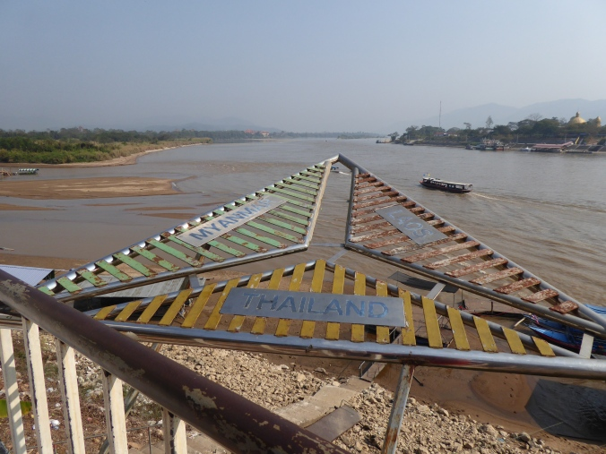 frontière thailande laos myanmar